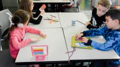 Deca učestvuju u edukativnim radionicama