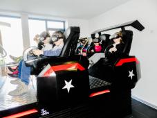 Predškolci u VR 9D Starshipu