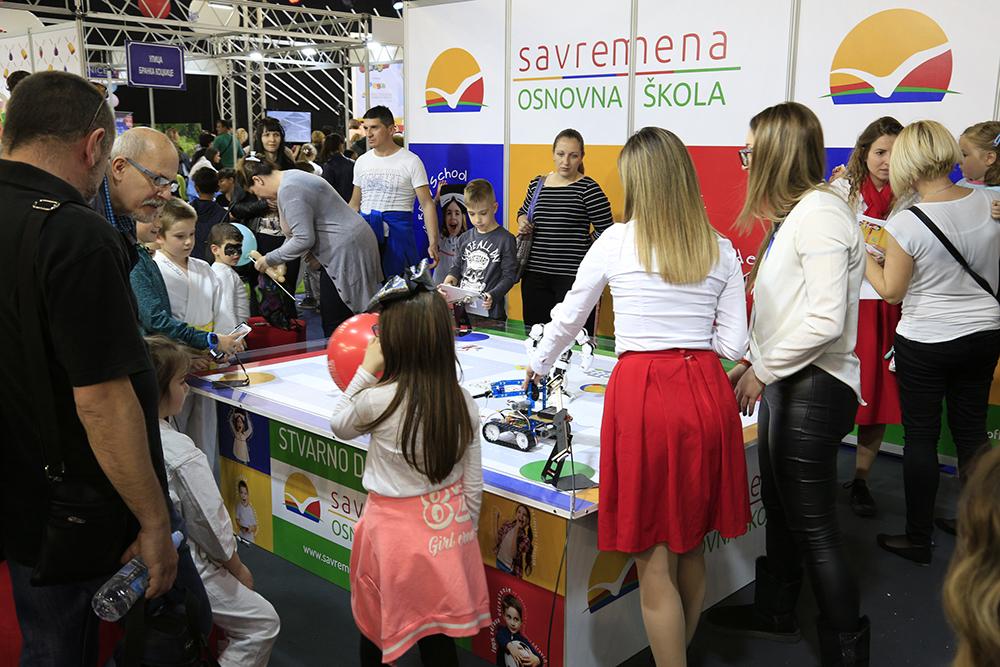 Savremena na Dečijem sajmu 6