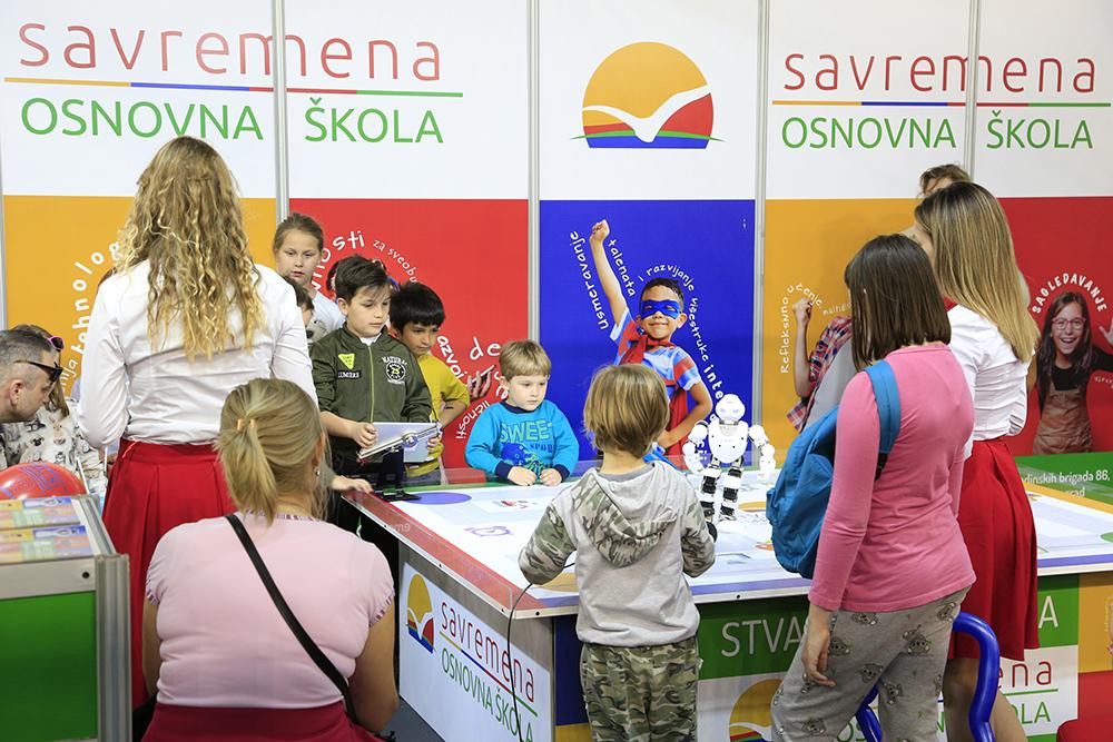 Savremena na Dečijem sajmu 18