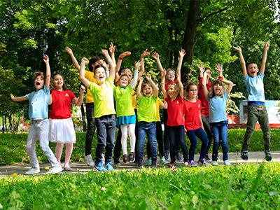 Uživajte sa detetom u polasku u školu
