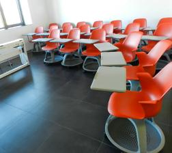 Učionica sa Node stolicama