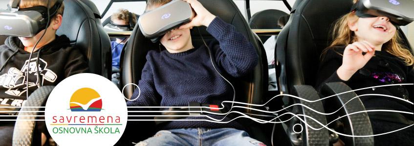 Učenici Savremene osnovne škole koriste VR